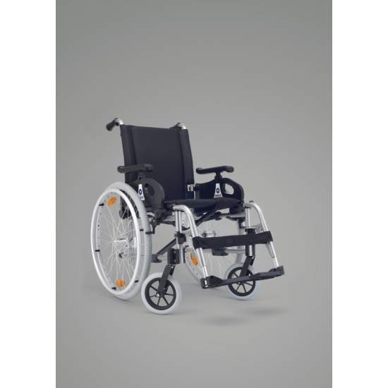 Silla de Ruedas Plena Rueda Grande Plegable - The most cost effective optionFor the most demanding we have developed Full Minos chair with adjustable front fork and multi plate which vary the seat angle.The wheelbase has been reduced to improve the maneuverability of the chair and...