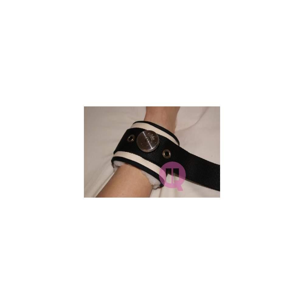 Sujección de piernas en cama de LONA / IRONCLIP