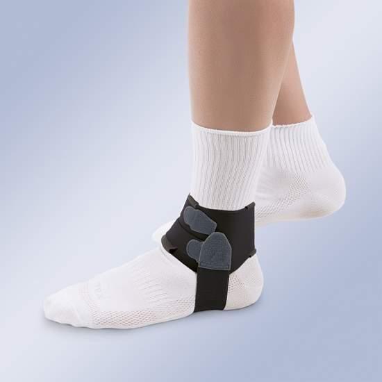Ortesi per il trattamento di fascite plantare - Orthotics progettati per il trattamento di fascite plantare, costituito da una fascia velour anatomica che chiude sopra la caviglia superiore