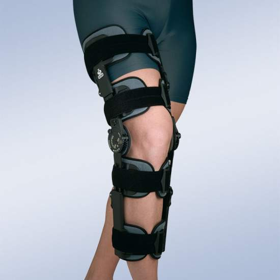 Adjustable knee brace blocking (4 narrow bands, 4 straps) - Monocentric orthotic knee joint. Locking system -10 to + 30 °.