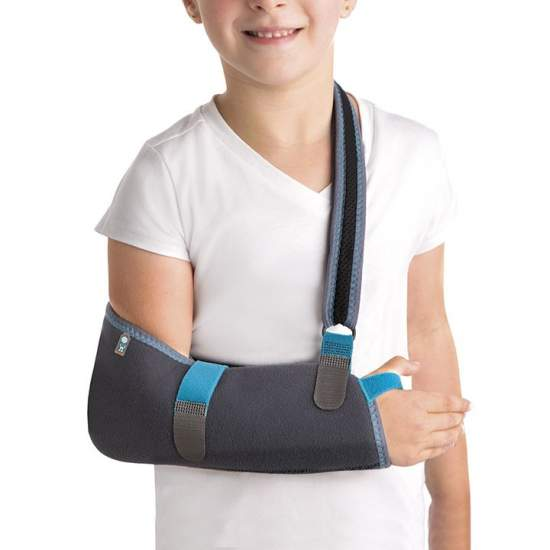 Pediatric Immobilizer Sling Shoulder - Made with breathable fabric and terry honeycomb shaped bag elbow and forearm, it has a Velcro system in microgancho with which we can regulate the length of the link,