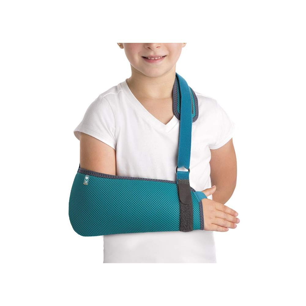 Pediatric Sling - Children Cabetsrillo manufactured honeycomb breathable fabric and bag-shaped curl elbow and forearm, it has a locking system microgancho with which we can adjust the length of...
