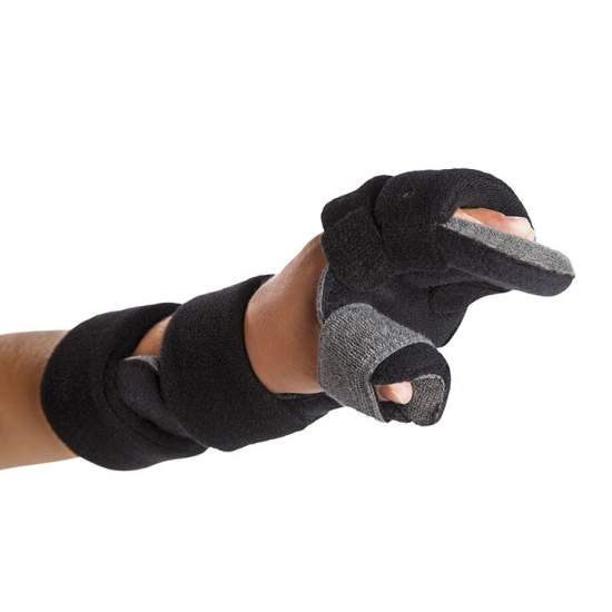 Immobilizing splint Wrist, Hand and Fingers - Immobilizing splint wrist, hand and fingers, including the thumb, designed specifically for patients in childhood.