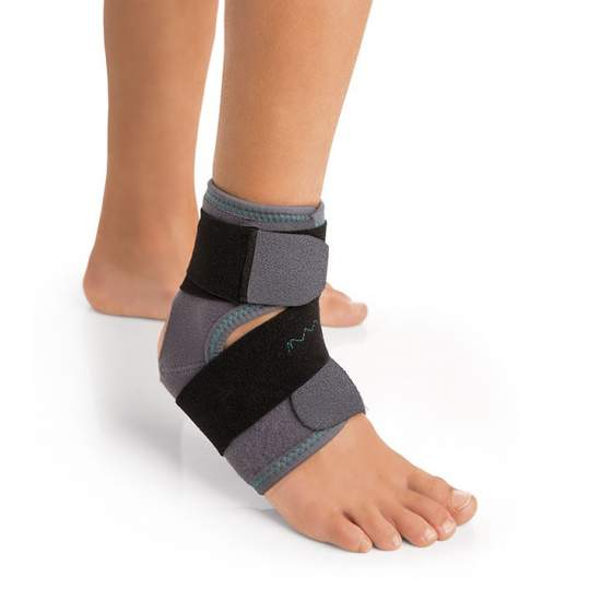 Ankle support - Breathable elastic ankle, made on the inside with honeycomb outer velor (both elastic)