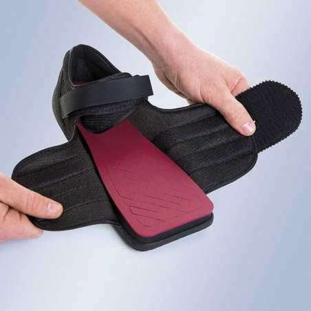 Modello speciale diabetici (scarpa post-operatoria speciale) a piedi / ulcere