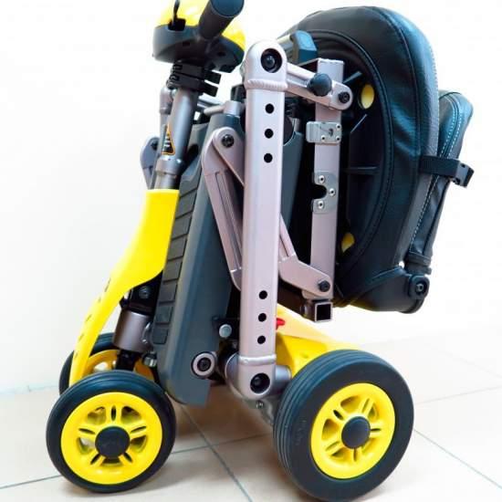 Pieghevole Scooter YOGA Teyder -  YOGA pieghevole scooter è uno dei modelli più leggeri sul mercato. La sua facilità di piegare facilita il trasporto.
