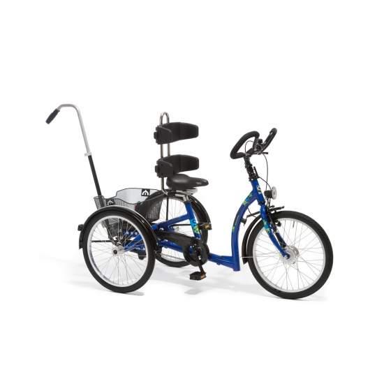 Momo Triciclo - La libertà di movimento è fondamentale e molto importante, quasi sinonimo di indipendenza. Inoltre, la mobilità e l'uso di tricicli sono una parte molto importante per la riabilitazione.