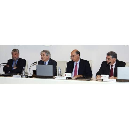 PROFESSIONNELS DE LA SANTÉ réclamer des réformes