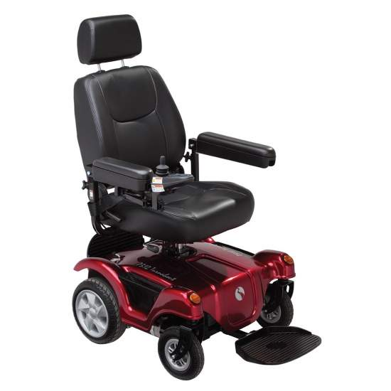 R400 electric wheelchair - The R400 Wheel chair provides a unique versatility of use in the market thanks to its traction in both directions, and electronic seat lift.