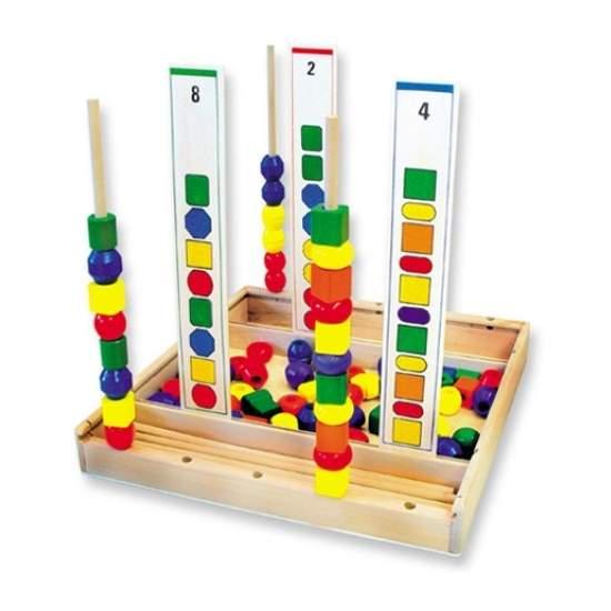 Caja formas ensartables para series - 90 piezas para realizar series de formas y colores