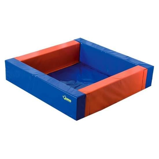 Pool balls square 2m x 2m
