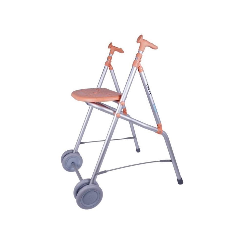 Ara walker from Forta