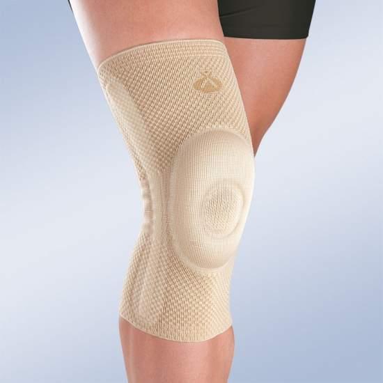 joelho patela fechado com estabilizadores laterais -  Feito em tricô em três dimensões, proporcionando maior elasticidade cruzada, mantendo a compressão necessária em cada área.