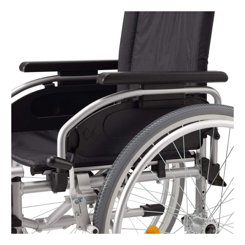 Sedia a rotelle leggera for Sedia a rotelle queralto