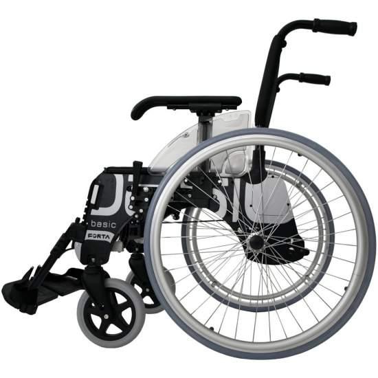 Silla de ruedas BASIC ruedas grandes 600 mm - La silla de ruedas Basic de Forta 600 tiene un diseño y estructura únicos en el mercado, lo que le permiten, entre otras cosas, ser estrechada con el usuario sentado, ganando accesibilidad y versatilidad.