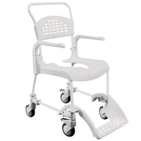 Chuveiro acessórios cadeira e WC Limpo