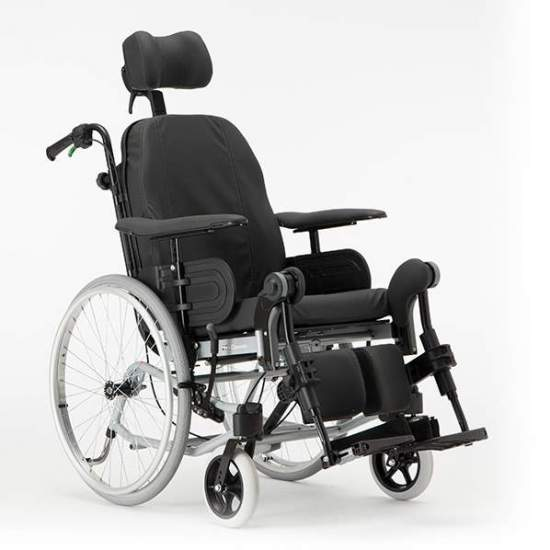 SILLA DE RUEDAS BASCULANTE Y RECLINABLE PARA POSICIONAMIENTO REA CLEMATIS - A passive chair with adjustable seat unit (adjustable backrest angle, legrest lifting) can cause serious injury if adjustment mechanisms or take into account the anatomy of the human body.