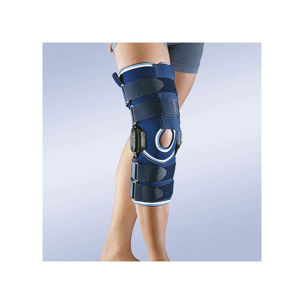 NEOPRENE KNEE FOR FLEX-EXTENSION CONTROL Long -  4.5 mm neoprene knee with polycentric articulation of 0-15-30-60-90 degrees flexoextension.