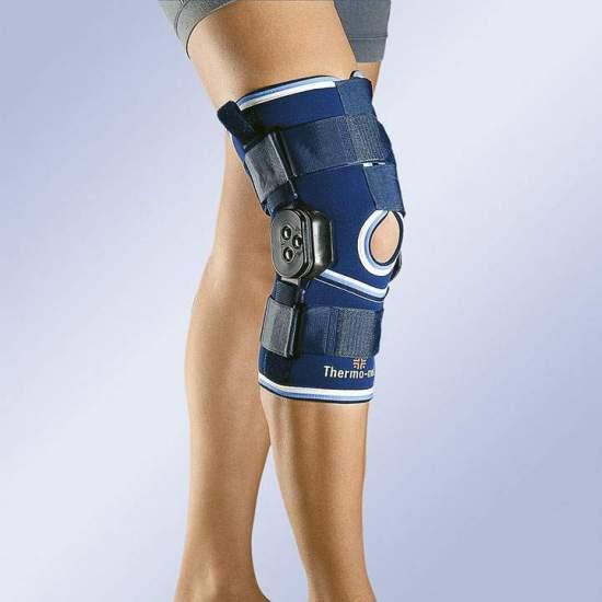 NEOPRENE flexão e extensão de joelho CONTROL curta