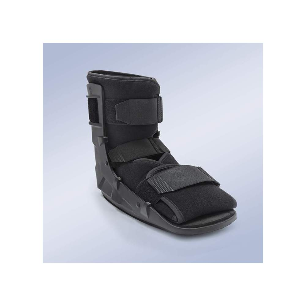 WALKER FIXED SHORT ORLIMAN -  Rocker sole, non-slip to increase patient safety during walking, accelerates the healing process, preventing muscle atrophy. Breathable material pad for foot and ankle.