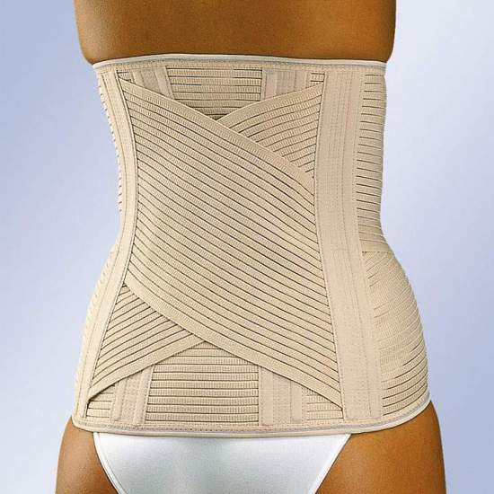 """LUMBITRON"" SACROLUMBAR HIGH STRAP -  High sacrolumbar girdle in breathable multiband material with two crossbands, vertical whales in the back and front velcro closure. It incorporates a foam lumbar plate to give heat in that zone, which can be removed when not needed."