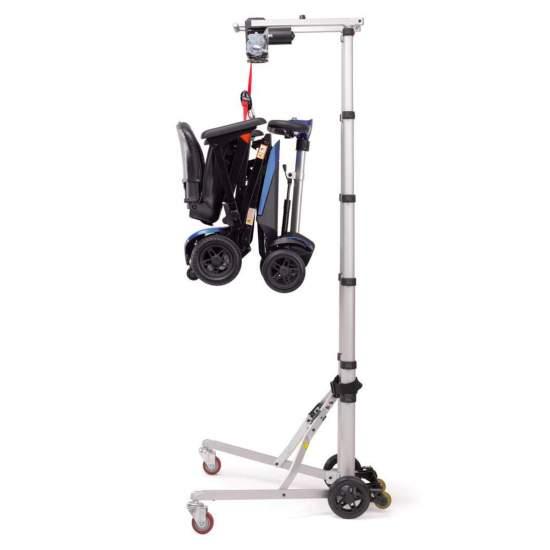 Gru Hercules per il sollevamento di scooter e sedie a rotelle - ilGru di Ercole è un meccanismo elettrico che consente di sollevare / abbassare senza sforzo tutti i tipi di sedie a rotelle e scooter (fino a 30 kg).