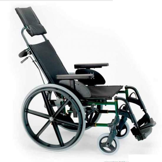 copia delle ruote Breezy Premium Back Party Large - Sedia a rotelle pieghevole Breezy Premium con schienale diviso e ruote grandi semoventiLa sedia a rotelle in acciaio con più modelli e opzioni. E con il miglior servizio
