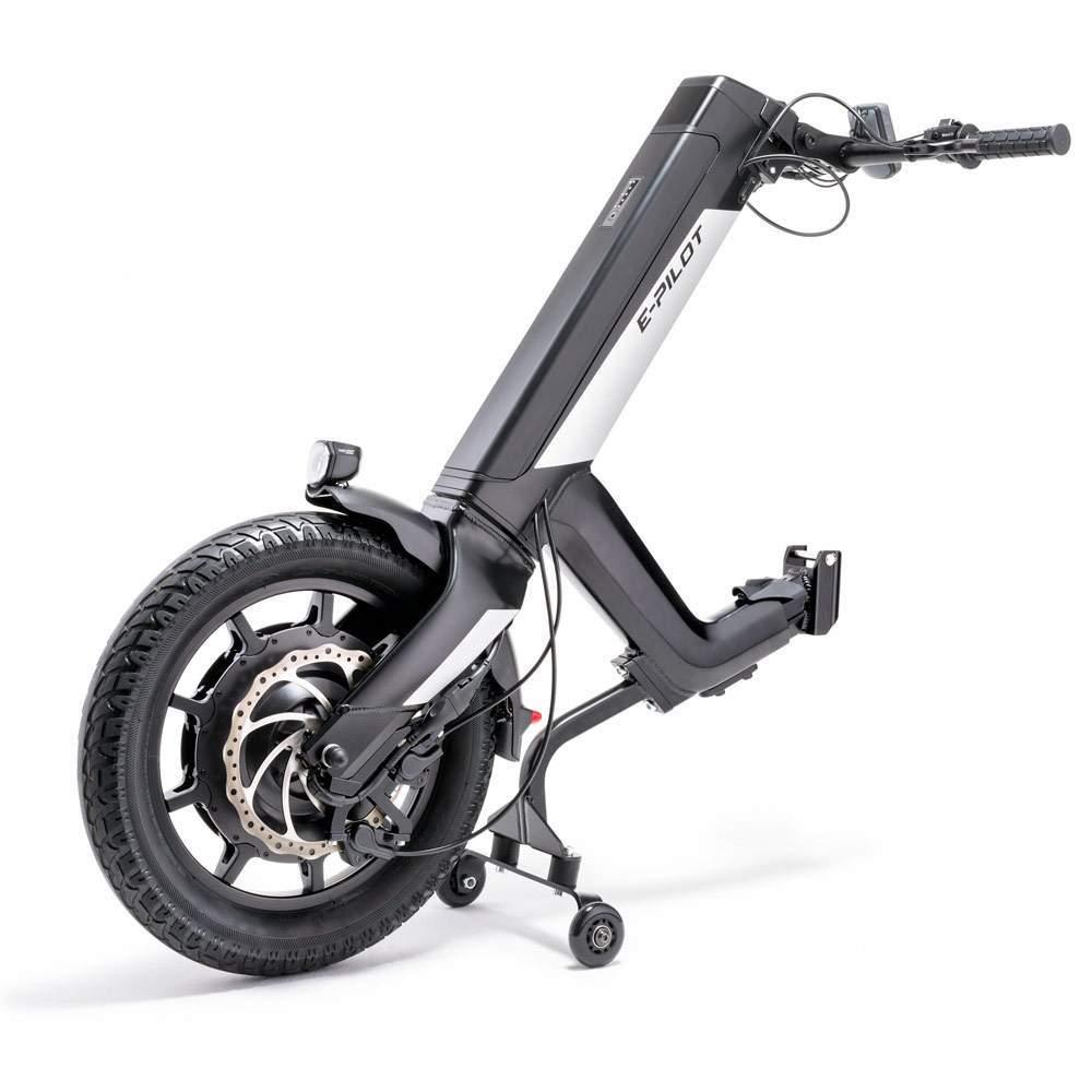 Alber E-Pilot Hand Bike eléctrica - El E-Pilot permite convertir una silla de ruedas manual en un vehículo en cuestión de segundos, solo se necesitan unos simples pasos para acoplar el E-Pilot a tu silla de ruedas...