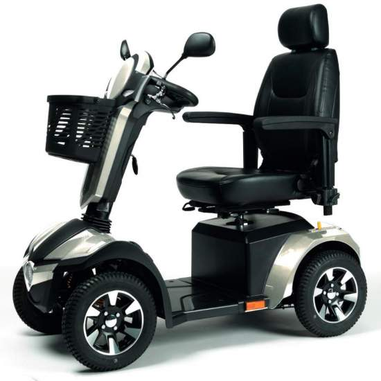 Mercurio Scooter - Scooter elettrico Mercurio con pneumatici sportivi