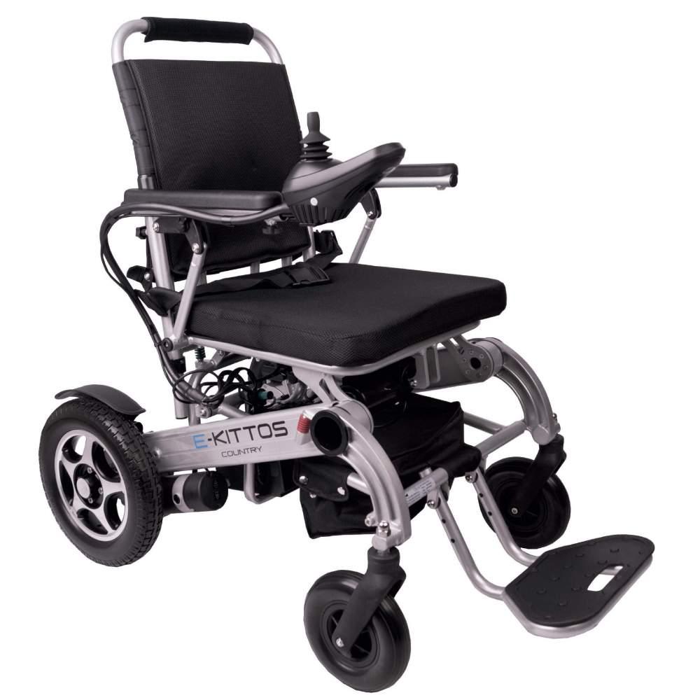 Silla de ruedas E-Kittos con plegado automático - La silla de ruedas eléctrica y con plegado automático desde el joystick E-KITTOS de aluminio es la mejor silla del mercado: Plegable, ligera, rápida, segura y robusta. Gracias a...