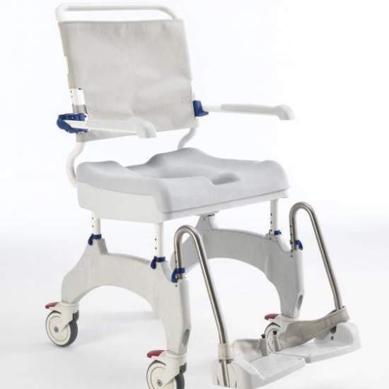 """Cadeira de banho Ocean Ergo 5 """" - OAquatec Ocean Ergo ChairEle foi projetado levando em conta o conforto e a independência do usuário. O Aquatec Ocean Ergo traz novos recursos, comparados ao modelo anterior, para facilitar o cuidado pessoal do usuário e do cuidador."""