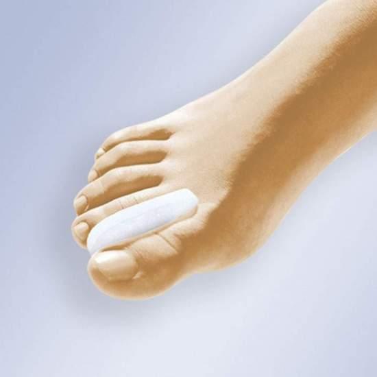 CRESCENT SEPARATEUR GEL - Séparateur en forme de croissant gel polymère viscoélastique fait non toxique, hypoallergénique, testés sous contrôle dermatologique et qui ne favorise pas la croissance bactérienne.
