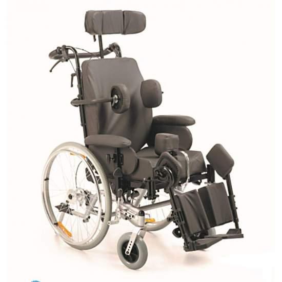 Balanço de Balanço em Cadeira de Rodas - Cadeira de rodas com posicionamento de inclinação. A funcionalidade dessas cadeiras permite beneficiar pacientes que sofrem de afecções leves e síndromes complexas.