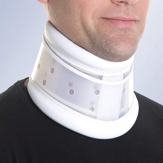 Collier semi-rigide ajustable