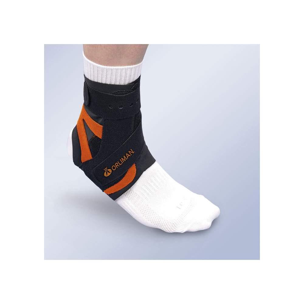 SPLINT ALTTEX-tornozelo com Estabilizador MIDDLE-SIDE - Feito de material de veludo respirável, desde que com a estabilização lateral médio anti-rotacional em um ângulo.