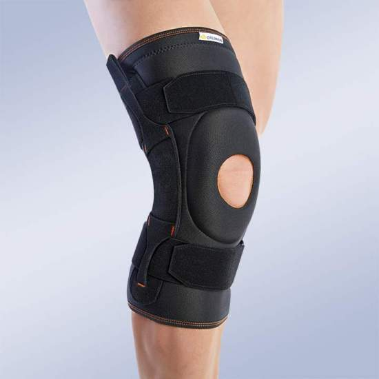 BREATHABLE TRICAPA KNEE WITH ROTULIANA PILLOW 7104