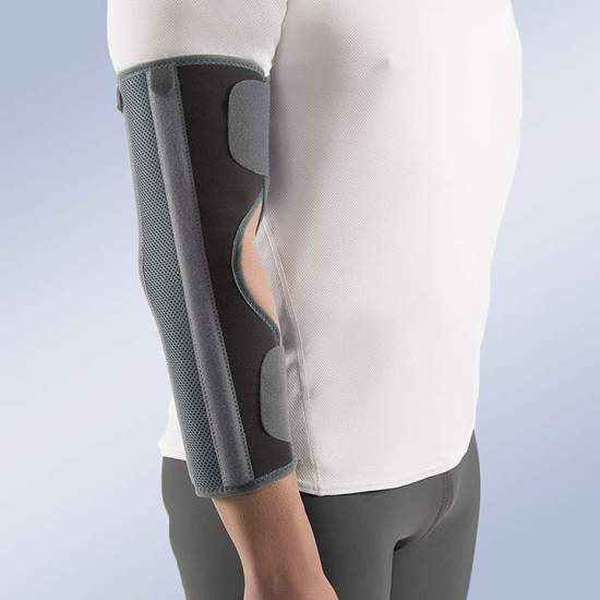 Elbow immobilizer without bending - Immobilizing orthosis elbow in extension. Made in the inner part with curl and outside of honeycomb and velor, rigid plates of aluminum posterior and lateral; It closes with a simple system of hook-and-loop velcro. It is designed with an...