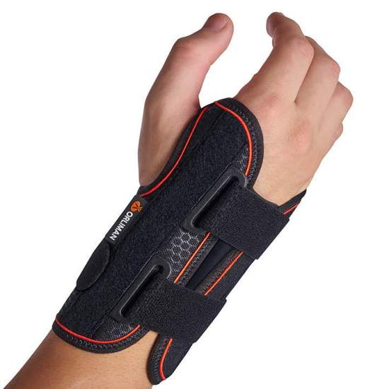 Semi-rigid wrist strap with short palmar splint Orliman MF-D52 / MF-I52 - Wristband made with a breathable textile base and a layer of cotton that is in contact with the skin allowing free movement of the fingers. They incorporate palmar splint in malleable aluminum and two plastic dorsal reinforcements,...