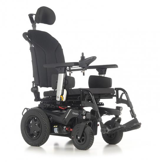 Cadeira de rodas elétrica Q400 R SEDEO LITE - A cadeira de rodas elétrica QUICKIE Q400® R oferece excelente capacidade de manobra em ambientes externos e incrível desempenho em ambientes fechados.