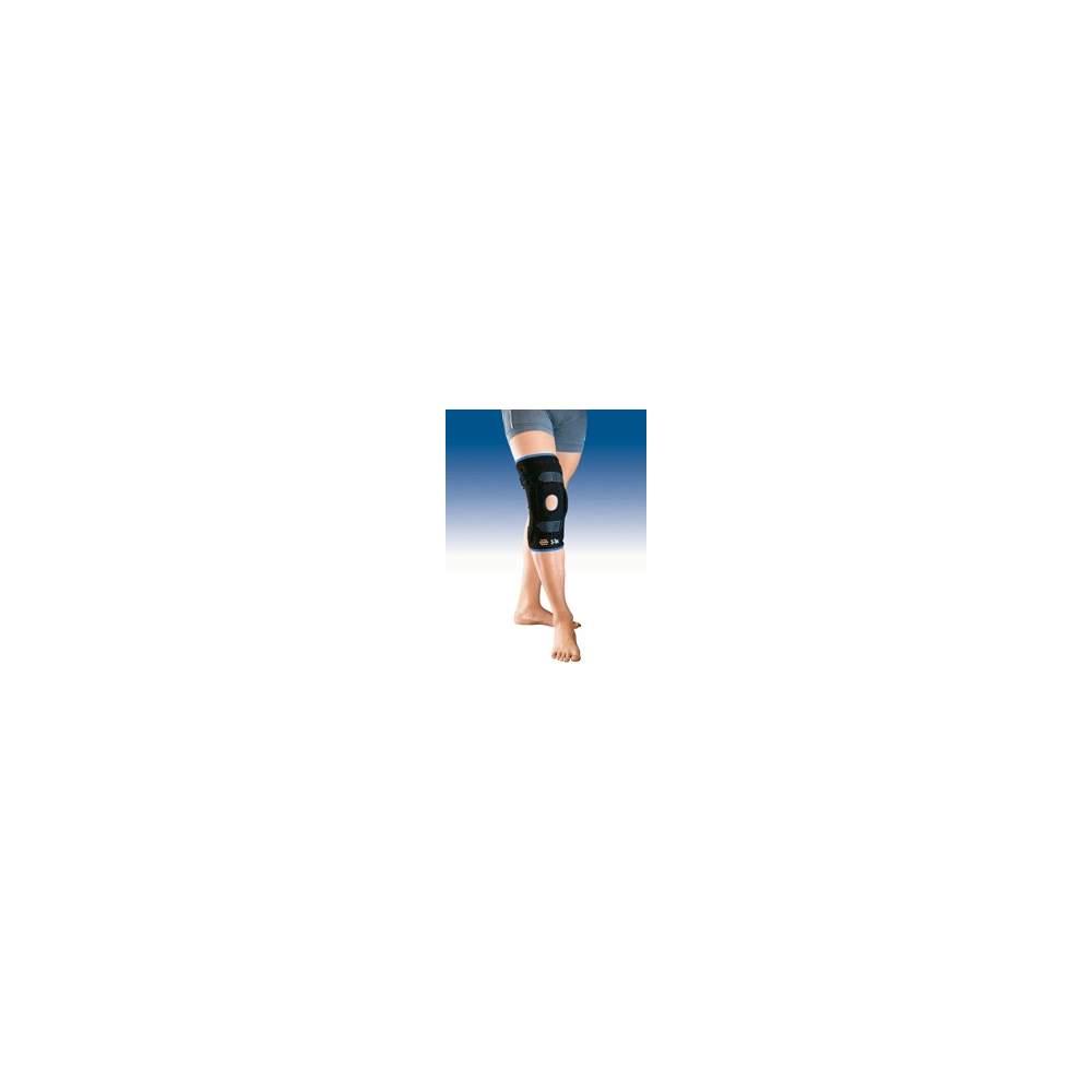 TRASPIRANTE IMBOTTITA GINOCCHIO PATELLA Tricapa 7104 - Ginocchio tessile lycra traspirante materiale a tre strati, schiuma e cotone, con patella aperta, rilievo del silicone rotuleo, cinghie di metallo e stringe con articolazioni...