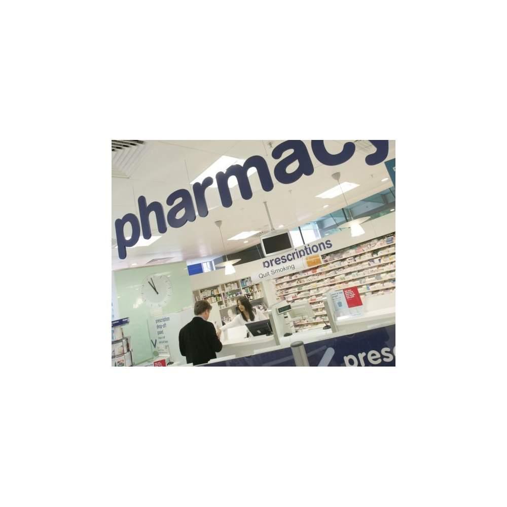 LA FARMACIA EN EL SUPERMERCADO - Las farmacias en los supermercados
