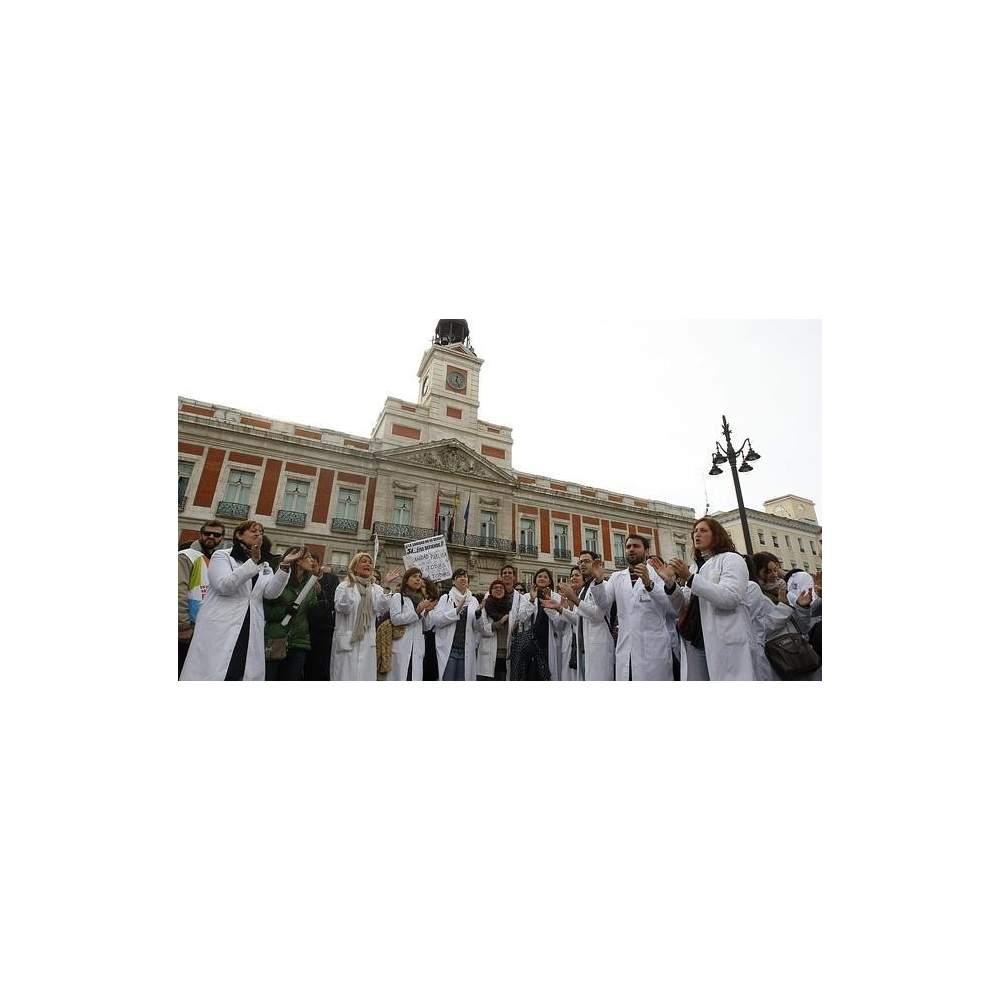 LOS ESPAÑOLES PONEN UN 6,5 DE NOTA A LA SANIDAD ESPAÑOLA - Los españoles ponen a la sanidad española un 6,5 de nota