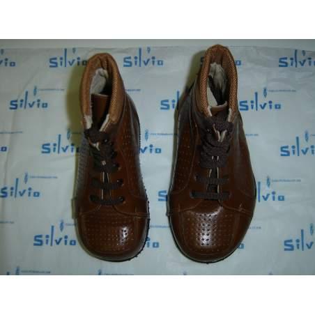 Chaussures orthopédiques PRISES POUR ENFANTS