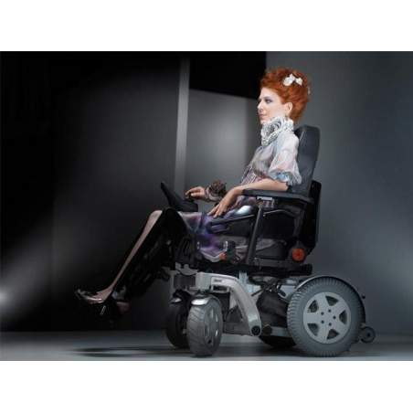 Electronic wheelchair Invacare Storm 4