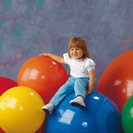 Balones de terapia - Una gama de balones hinchables de colores vivos desarrollada para actividades terapéuticas y de entrnamiento. Son muy ligeros y de tacto cálido.
