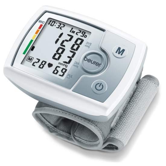 Tensiometro polso BC 31 -  Misurazione della pressione arteriosa e della frequenza del polso completamente automatico  Grande, display di facile lettura  60 di memoria