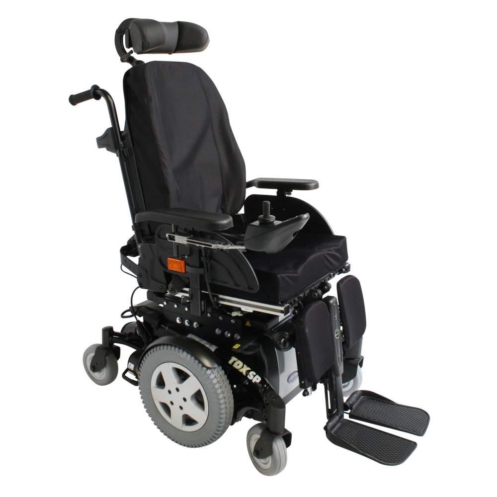 Fauteuil roulant Invacare TDX SP2 -  Le nouveau Invacare TDX SP2 est une chaise de puissance haut de gamme qui saura satisfaire les utilisateurs les plus exigeants. Merci à la traction central, TDX SP2 offre une...