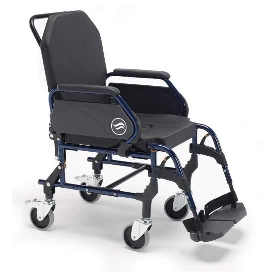 Breezy 3002A cadeira de rodas - Breezy 3002A cadeira de rodas  Rodas padrão de backup e 125 milímetros