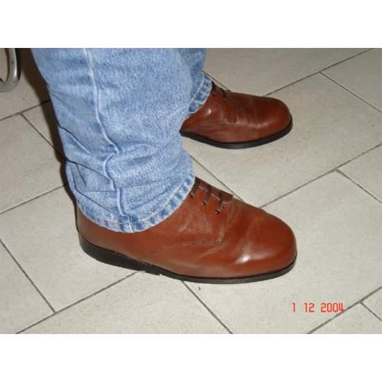 Caso 1 - MISURA scarpe ortopediche - Caso 1. Ogni tipo di piede richiede soluzioni diverse e, pertanto, ci prenderemo cura di rendere la scarpa di cui hai bisogno, offrendo tutto il comfort e la cura che i vostri piedi hanno bisogno.