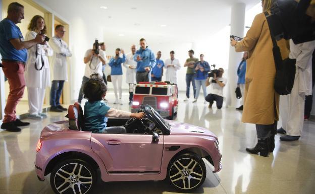 «Hay médicos que saben de qué le hablas, pero otros no» frente al cáncer infantil